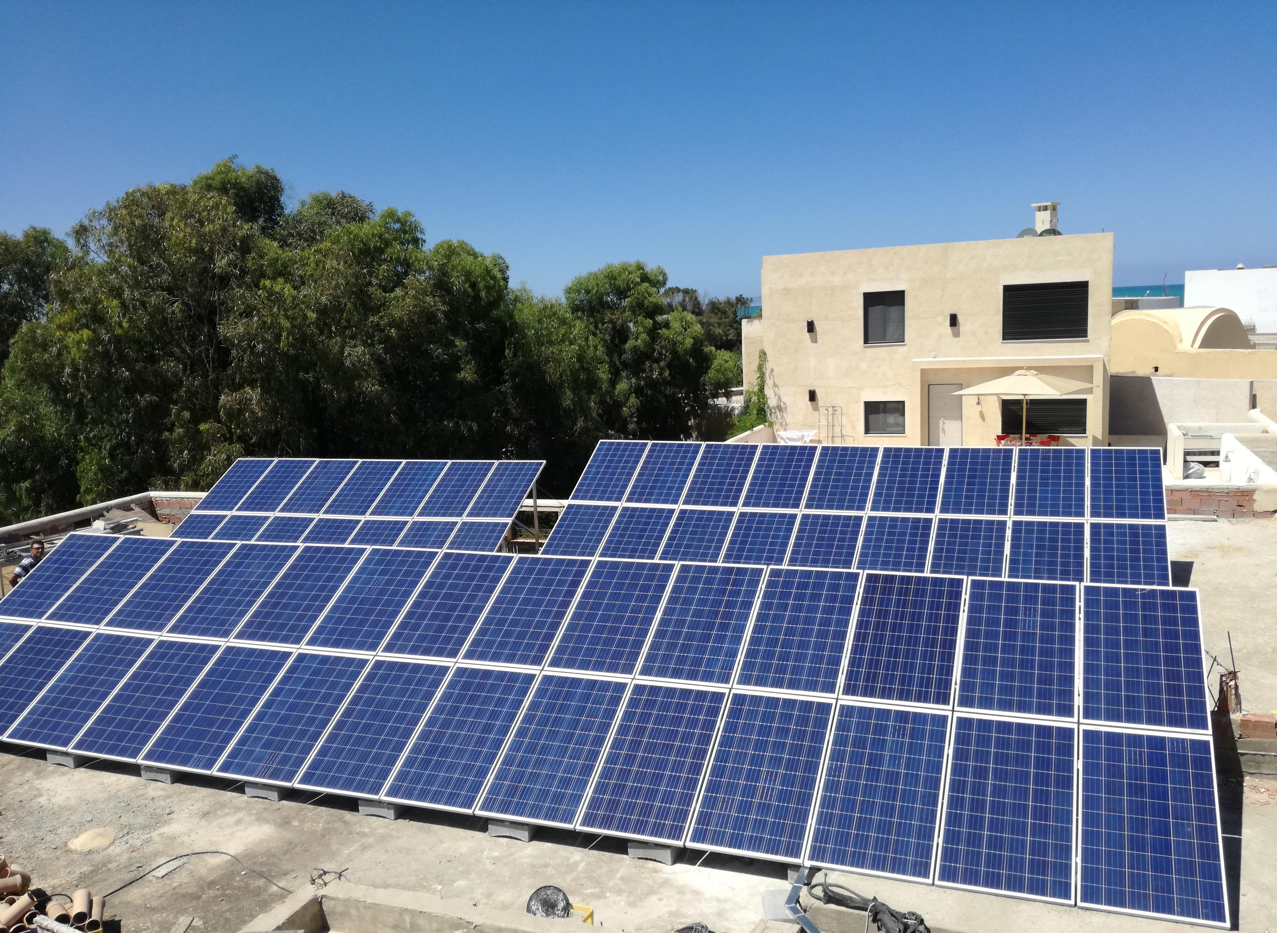 Installation photovoltaïque POMPAGE d'une puissance 15.Kwc ESPACE PODIUM GAMMARTH TUNISIE Societe SOLIDER