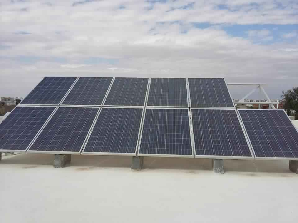 Installation photovoltaïque raccordée au réseau d'une puissance 2.75Kwc MANZEL CHAKER SFAX TUNISIE Societe SOLIDER 2