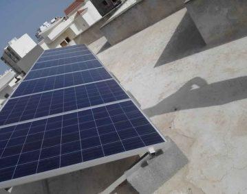 Installation photovoltaïque raccordée au réseau d'une puissance 2Kwc à route Gremda km7 SFAX TUNISIE